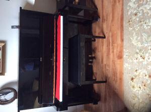 Acoustic Upright Kurtzmann Piano