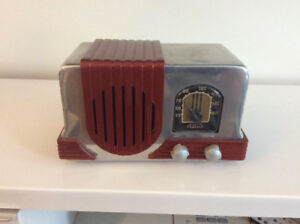 Addison Radio Working.Metal Case
