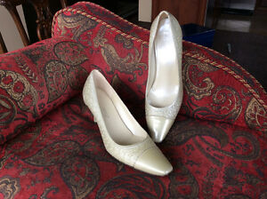 Roberto Capucci Firenze Ladies shoes -Italy 9.5 AA - all leather