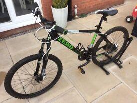 Claud Butler Cape Wrath Zero One Mountain Bike Medium Frame Green & Black