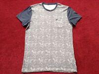 Hollister top t shirt mens size small