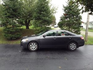 2010 Toyota Camry LE in excellent condition