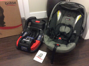 Britax B-Safe 35 Infant Car seat, Steel colour, new, never used
