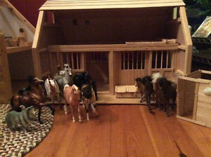 Doll house, horse stables and accessories