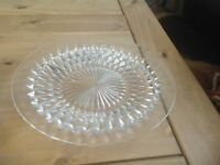 Glass dishes and plate