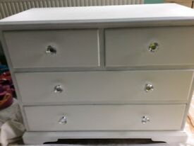 Fusion paint white chest f drawers