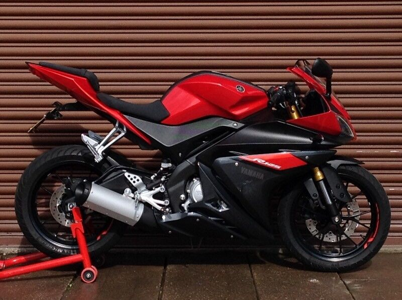 Yamaha YZF R125 ABS 2016. Only 901miles. Delivery Available *Credit & Debit Cards Accepted*