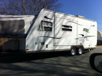 2010 Rockwood Roo Hybird Camper with Slide Out