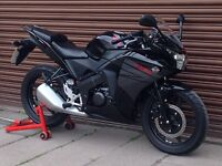Honda CBR 125 Only 946 miles. Delivery Available *Credit & Debit Cards Accepted*