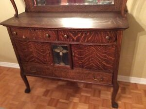 150 year old cabinet  West Island Greater Montréal image 2