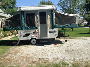 2011 Starcraft Pop Up RV (purchased new in 2012) London Ontario image 7