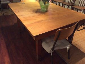 Solid oak rustic wood dining table