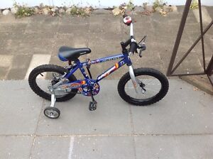 Child's bike c/w training wheels