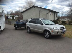2006 Hyundai Tucson SUV,  with boat/ trailer ***SOLD***