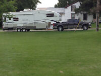 Truck and Fifth wheel rv