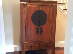 Antique Chinese Hutch