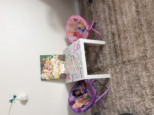 Little princess table with two chairs and more