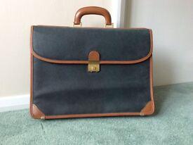 Bric's briefcase