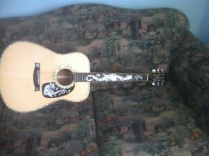 High end acoustic guitar