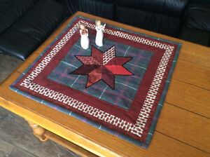 Country table topper