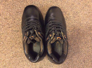 Brand New!!Golding Podium Women Curling shoes Size 5