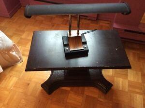 Lampe de bureau & Table pour télé
