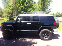Toyota FJ Cruiser C package ***motivated seller, MUST GO OBO***