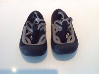 Brand New Unisex Water Shoes - Toddler Size 5/6