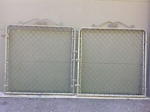 Chain Link Fence Double Gate with Hardware