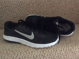Nike Light Weight Trainers