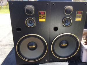 Home stereo speakers for sale