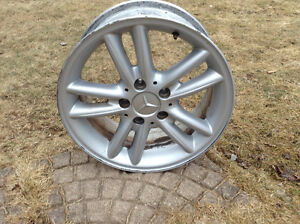 Mercedes 16 inch alloy wanted