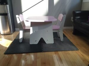 3 Piece kids Table and chair set for sale