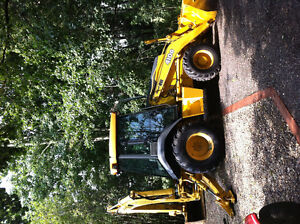 John Deer 410 G backhoe and snow blade