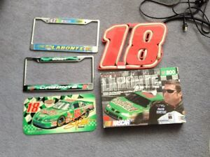 Asst. NASCAR Bobby Labonte Articles