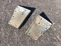 Landrover Defender/ Series Galv Corners for full Rear door