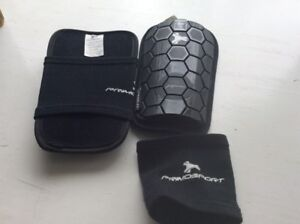 Soccer shin pads. Medium boys