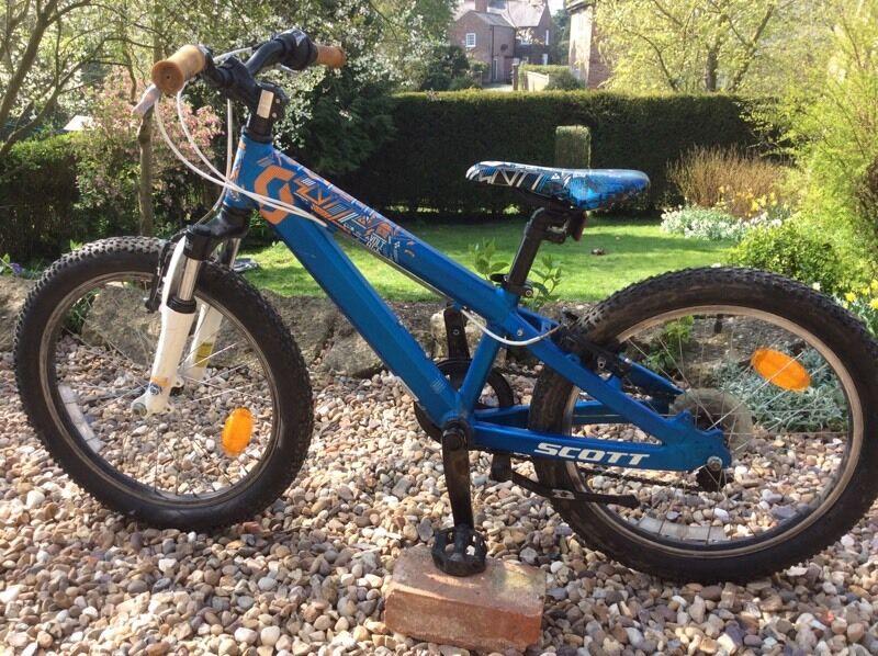 scott voltage 20 kids mountain bike in driffield east yorkshire gumtree. Black Bedroom Furniture Sets. Home Design Ideas
