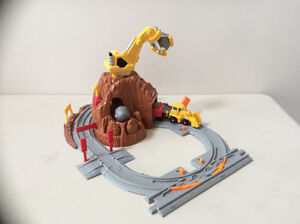 Fisher Price Geo Trax Construction rail yard set Cambridge Kitchener Area image 1