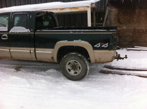 "6'5"" box off 2002 Chevrolet truck Strathcona County Edmonton Area image 1"