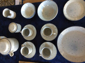 Starter set Johnson Brothers dinnerware