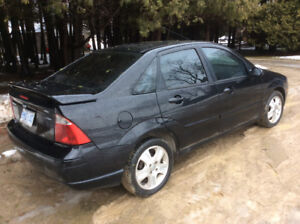2005 Ford Focus ST ZX4