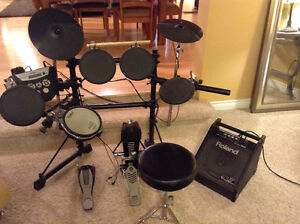 Roland Electronic Drum Set and Amp