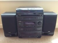 Samsung HIFI - CD,cassette tape, radio & record player functions with speakers