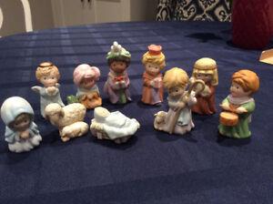 AVON HEAVENLY BLESSINGS NATIVITY SET