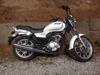 Sinnis js 125cc motorbike low mileage cruser