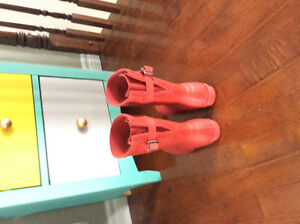 Authentic red Hunter boots for sale with adjustable calf