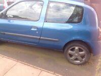 Blue Renault Clio