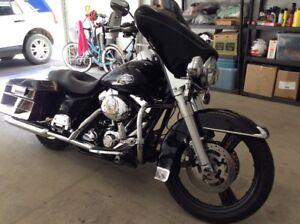 """Trades for Vintage bikes. 2008 Harley Ultra/Streetglide. 21"""""""