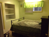 Weekly rent in modern, clean safe home